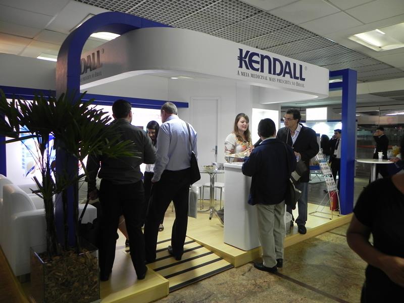 kendall-evento-encontro-sao-paulo-12--13-04-02.jpg