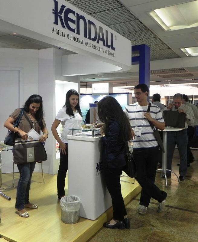 kendall-evento-encontro-sao-paulo-12--13-04-07.jpg